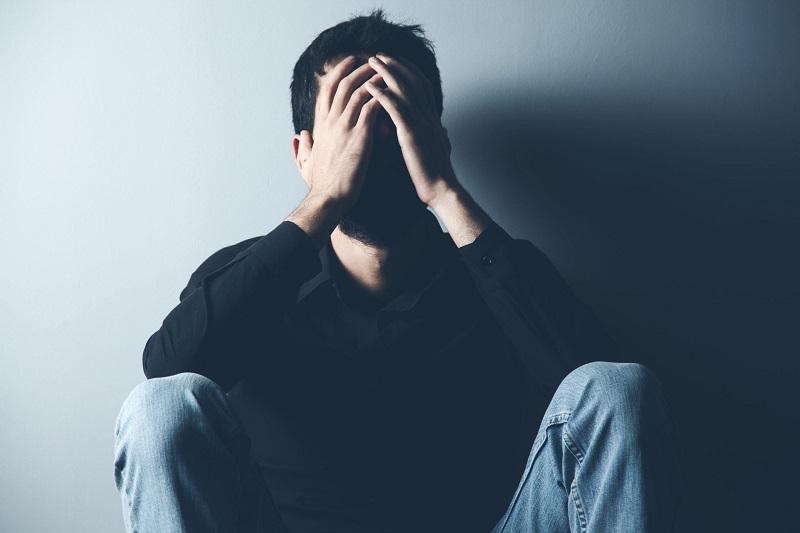 بررسی بیماری های روانی شایع در مردان