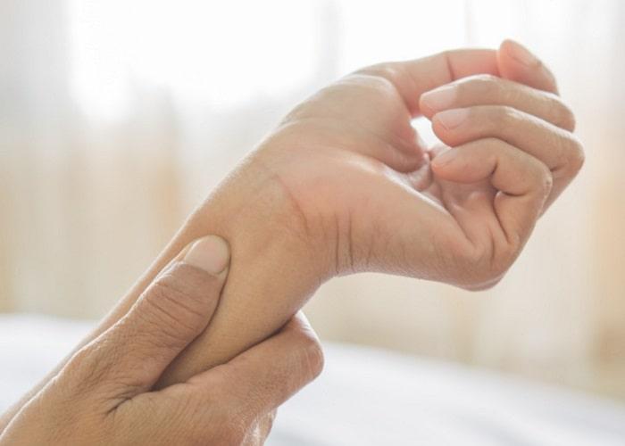 علائم قارچ پوستی که موجب سرخی پوست شما می شود.