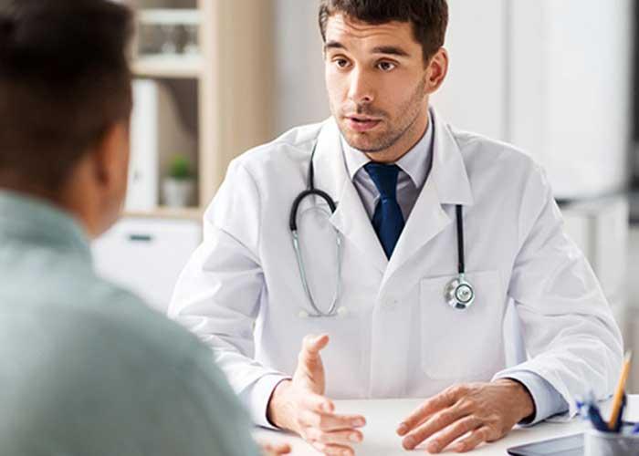 درمان خون در ادرار زیر نظر پزشک
